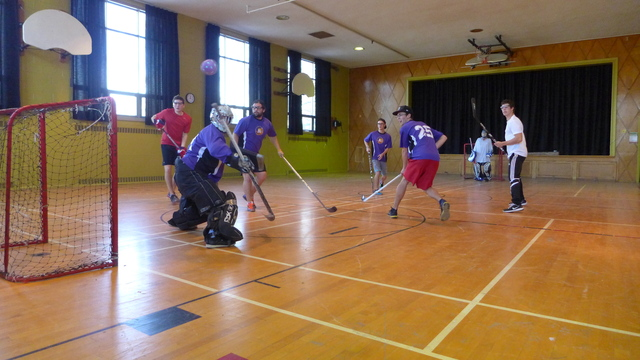 Unicycle hockey_1