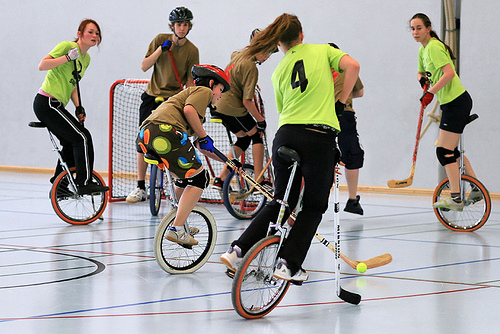 Unicycle hockey_2