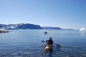 kayaking_tourist