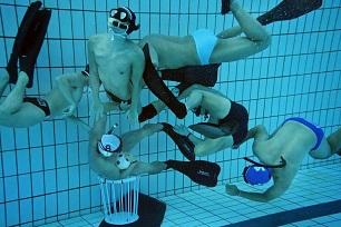 underwater-rugby_4