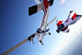 wingsuit_5