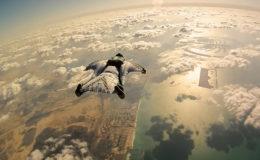 Best_of_Wingsuit_Flying_2013