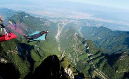 Wingsuit_and_Base_Jumping_-_Brazil