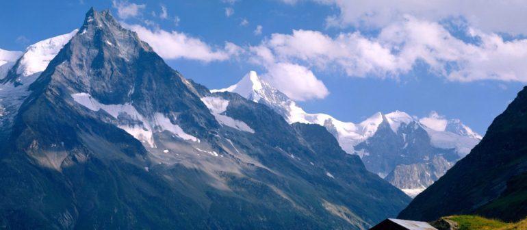 Швейцарские горы – не последний объект туризма.