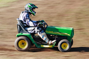 racing_ride_on_mowers_2