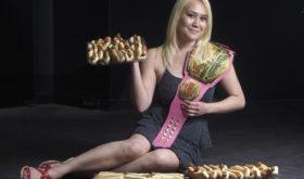 Соревнования по поеданию хот догов на время