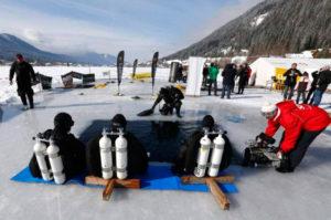 Подлёдный хоккей - самый экстремальный зимний вид спорта
