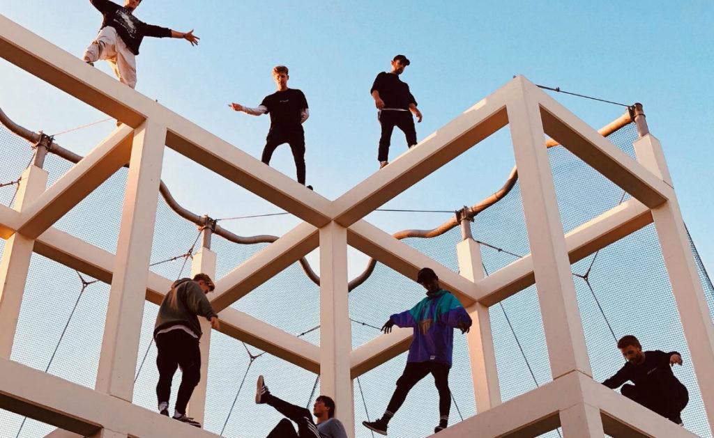 Уличный спорт для молодых экстремалов - Паркур