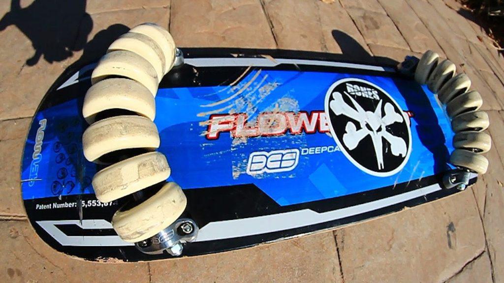 Флоуборд (Flowboard) — сёрфинг на скейте с колесиками.