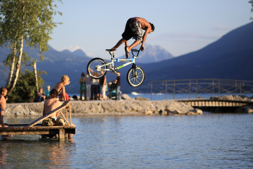 """Прыжки в воду на велосипеде или """"water jumping"""""""