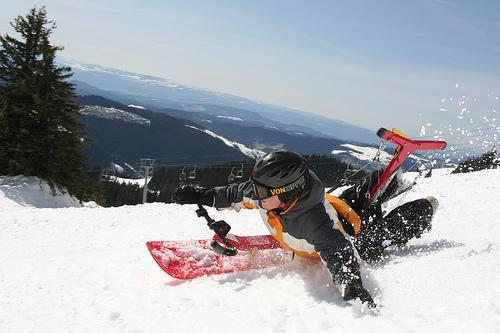 Хэнгбординг (гибрид сноубординга и дельтаплана)