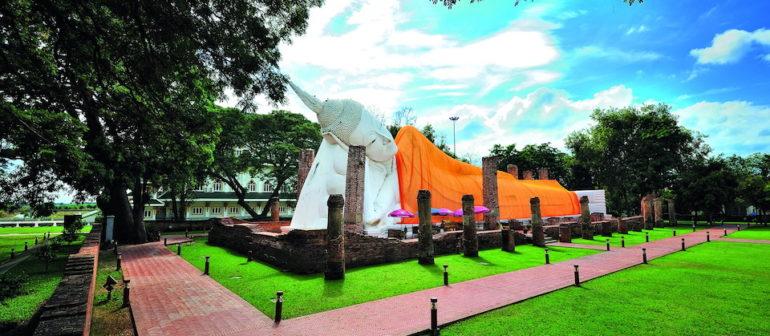 Древний храм Ват Кхун Интхапрамун в Таиланде