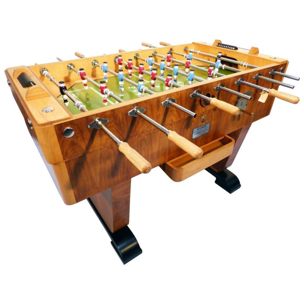 Настольный футбол (Кикер или фусбол)