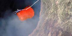Экстремальный прыжок в жерло действующего вулкана (Чили, Араукания)