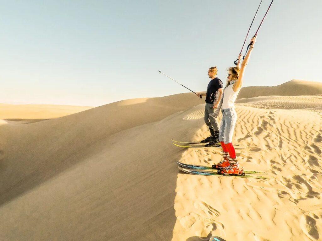 Катание на лыжах по песку-Сэндскайнинг (Sand skiing)