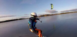Кайтинг на коньках по льду (Kite ice skating)