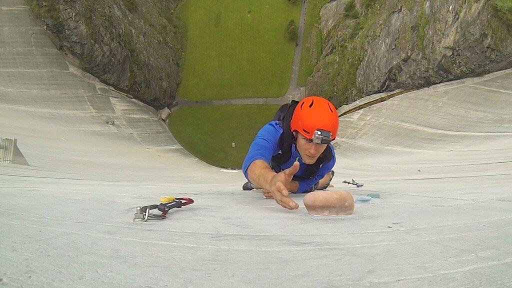 Бейскламбинг (Base climbing)