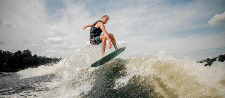 Вейксёрфинг (Wakesurfing)
