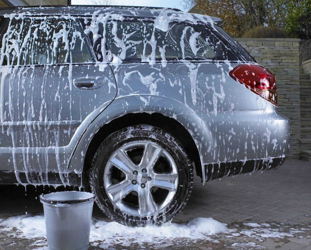 Кар-вошинг (car washing) - вид экстремального развлечения